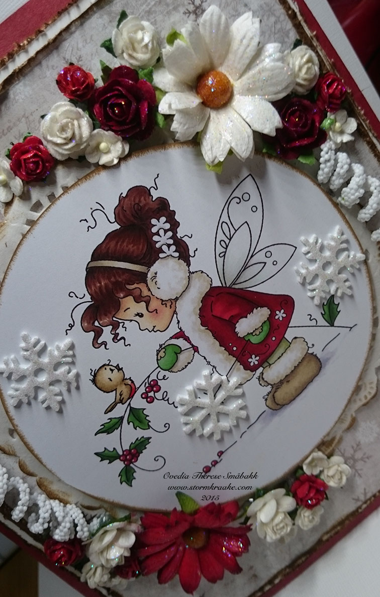 CHRISTMAS BAG CARD - RED - MAJA DESIGN - WOC - 002 - OVEDIA THERESE SMÅBAKK
