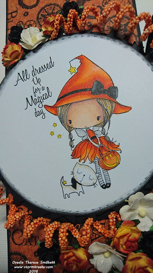 papirlosjen-all-dressed-up-copic-marker-graphic-45-woc-wild-orchid-crafts-frantic-stamper-distress-halloween-host-ovedia-therese-smabakk-002